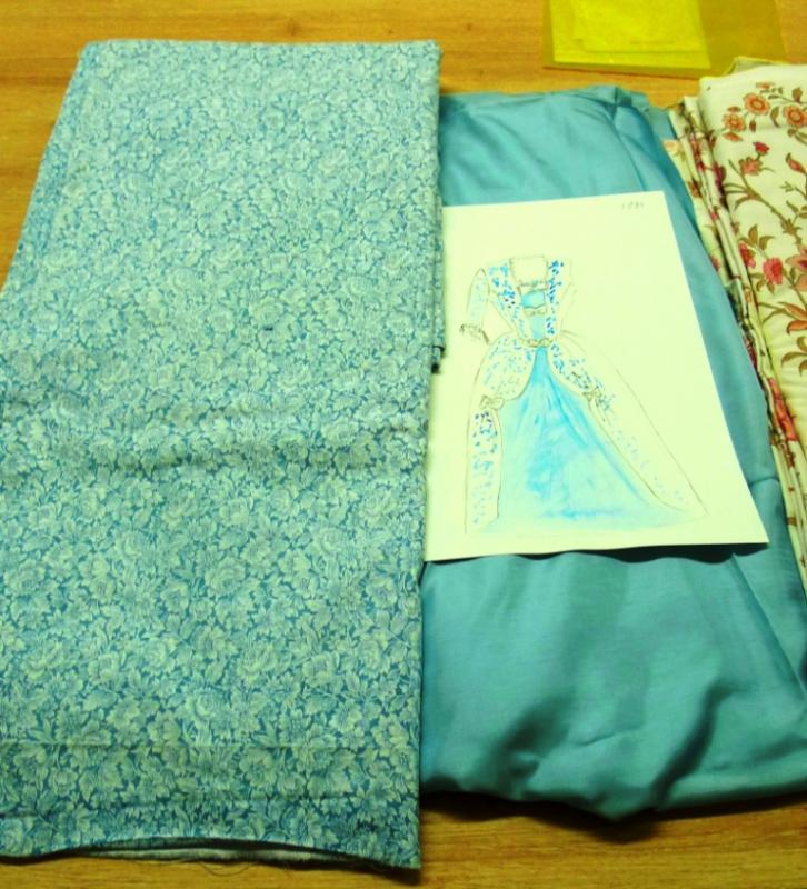 Tissus pour 3 nouvelles robes louis xv 2 1