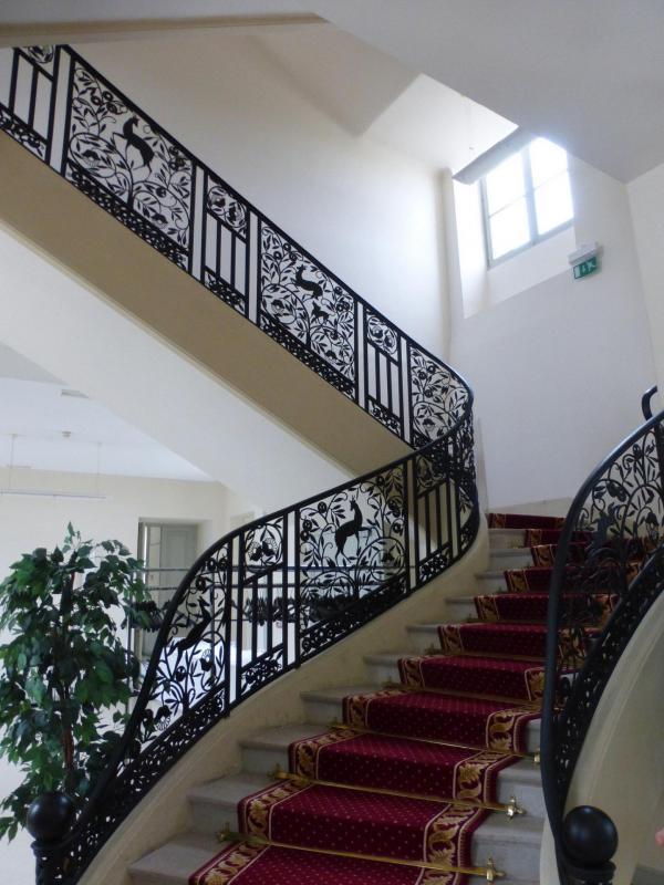 L'escalier et sa rampe